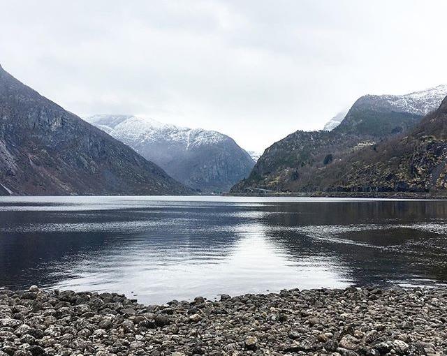 #eidfjord #norway #travellingactress