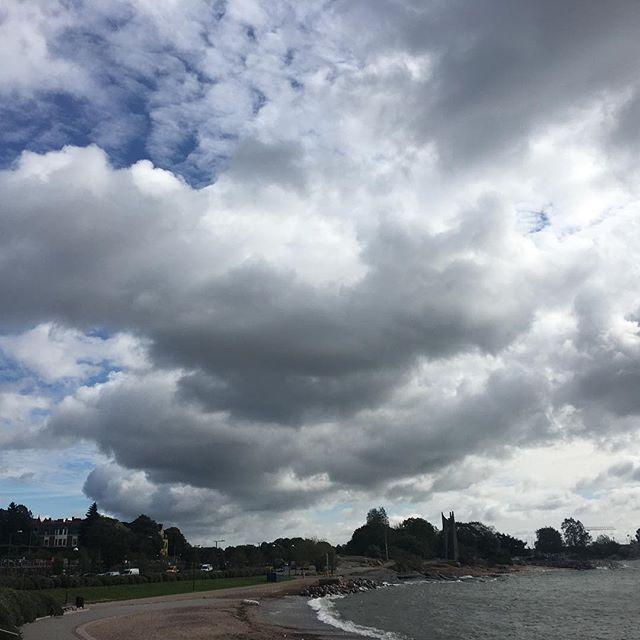 #himmel über #helsinki #sky over Helsinki #travellingactress #aida #aidamar #aidamomente