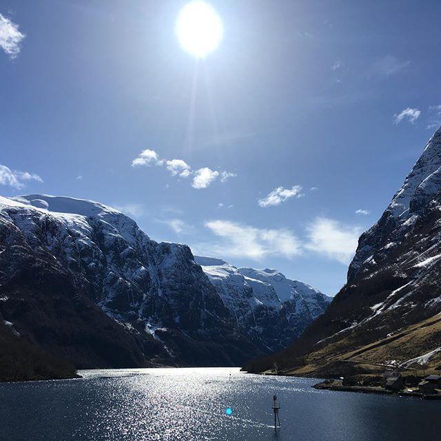 #nofilter #nærøyfjorden #travellingactress #aidavita #aida #aidaselection #aidavitamomente